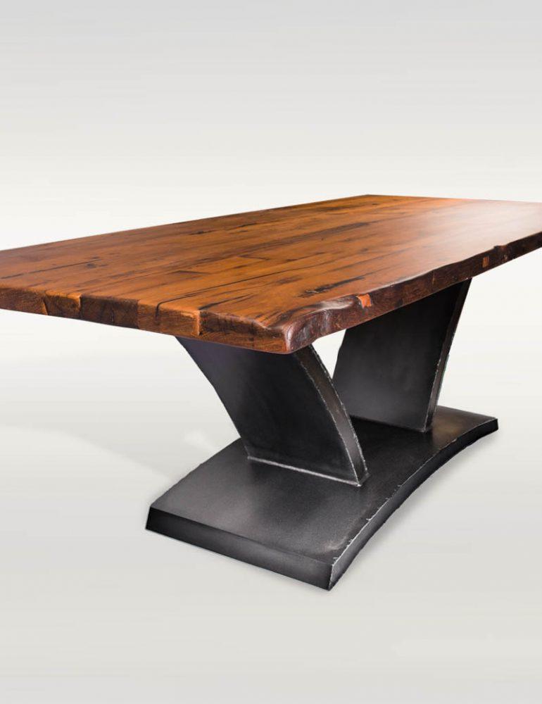 Esstisch aus Massivholz, Eiche & Stahl - Barrique Möbel